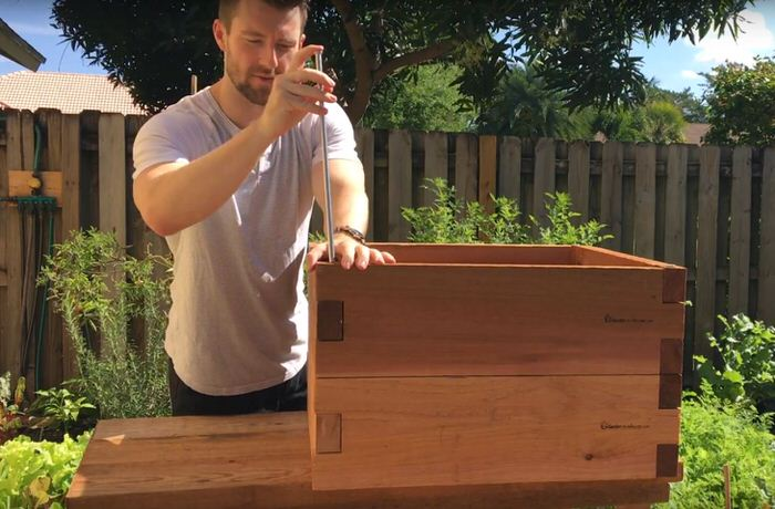 Stacked Raised Garden Bed Connecting Pin_1