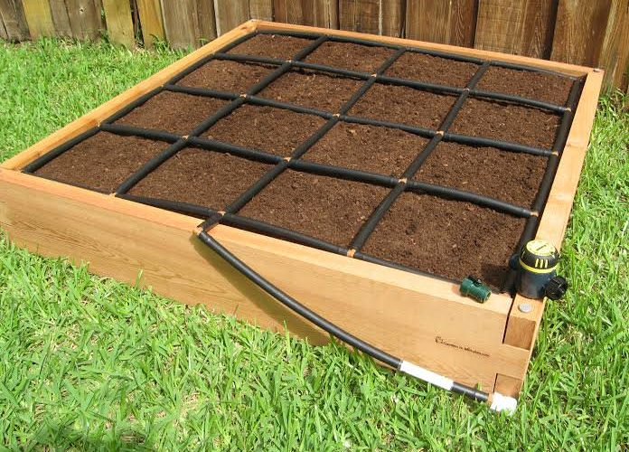 All-in-one 4x4 Cedar Raised Garden Kit