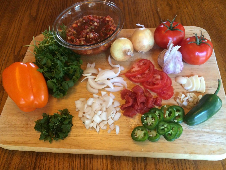Fresh Garden Salsa Ingredients