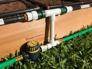 garden irrigation manifold 8in height with hose